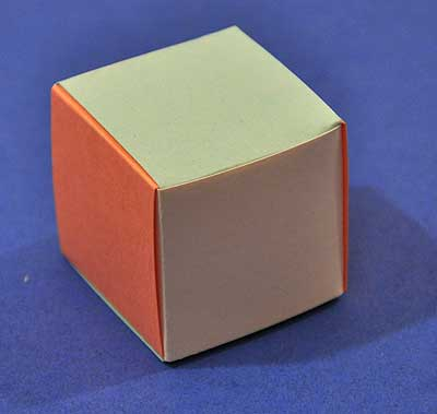 how to weave a cube out of paper